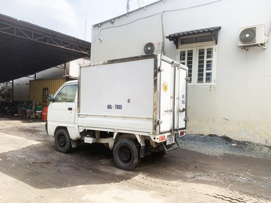 xe-tai-nho-suzuki-truck-chinh-phuc-khach-hang-4