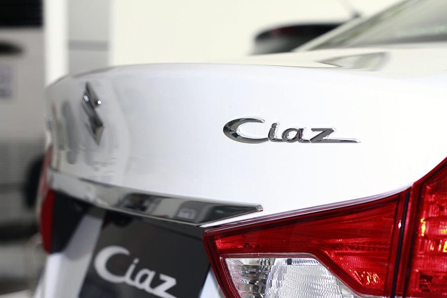 lo-xe-suzuki-ciaz-6