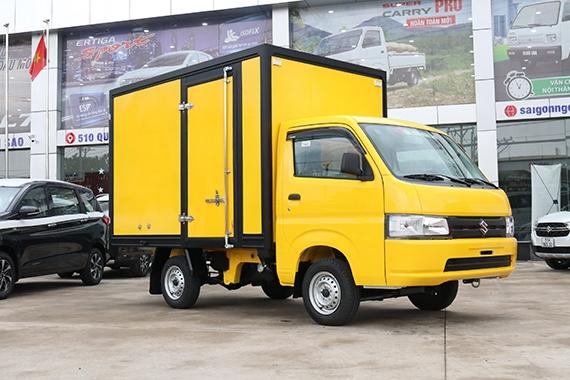 Mẫu Carry Pro 2021 thùng kín cửa hông màu vàng
